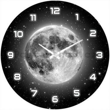 hodiny na zeď